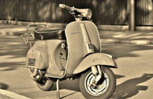 vespa, motor scooter, roller